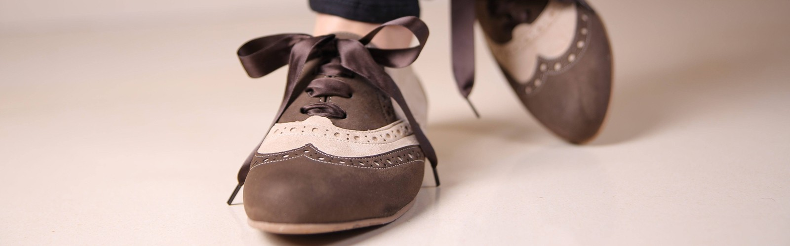 vegan lace-up shoes for woman