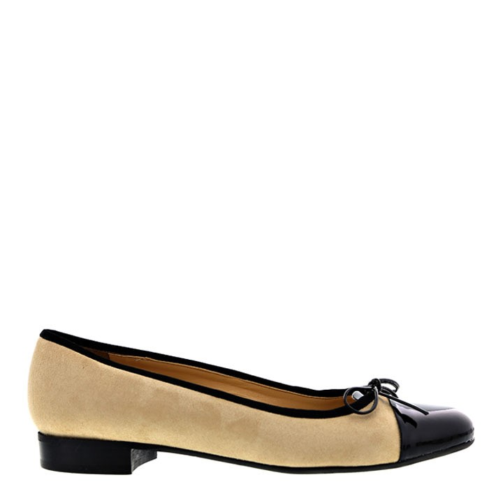 Vegan flats for women made in Italy